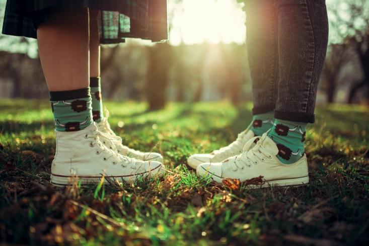 4 Kriteria Jatuh Cinta yang Sehat A La Remaja Zaman Now