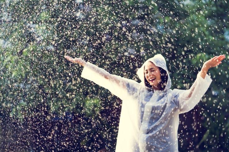 7 Barang yang Harus Dipersiapkan untuk Sekolah Saat Musim Hujan