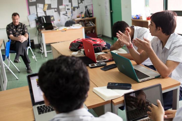 Cara Cepat Menjadi Anak yang Mandiri dan Pemberani di Sekolah