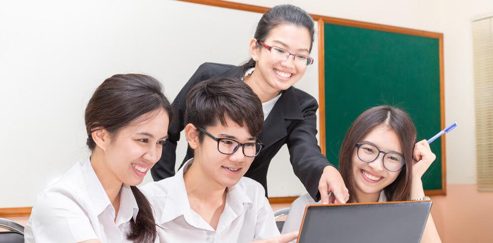 5 Tipe Guru di Sekolah dan Cara Menghadapinya